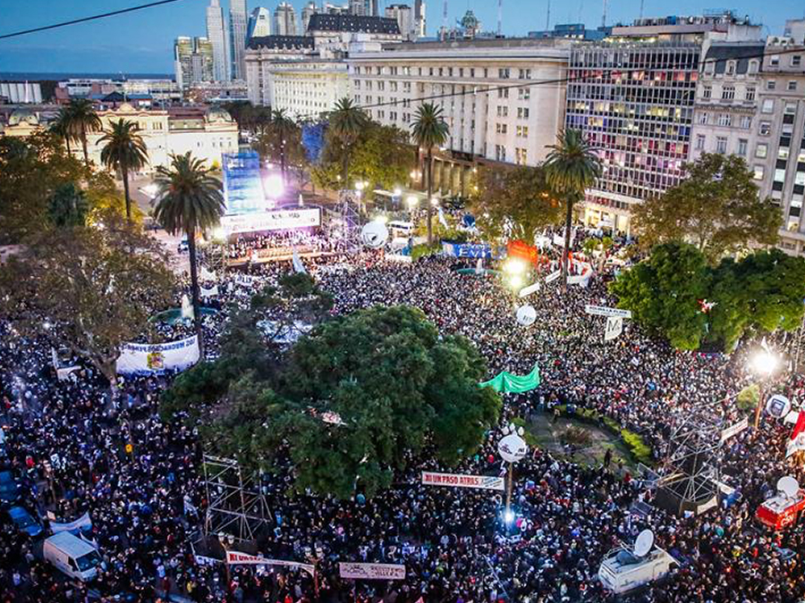 Marcha contra el 2x1 en Argentina
